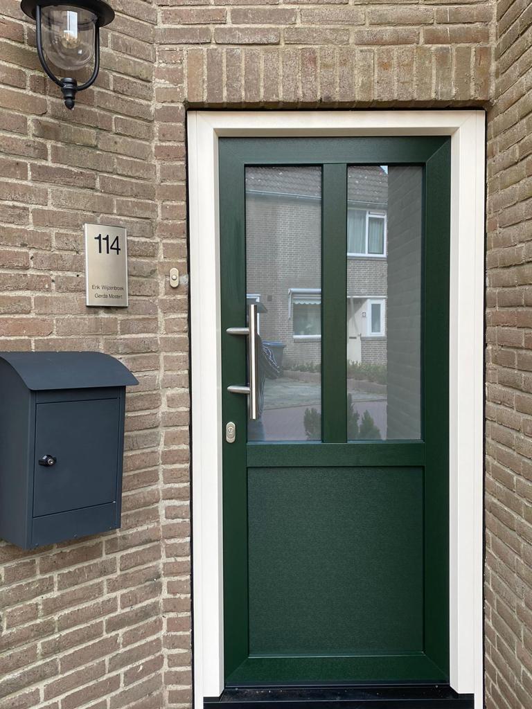kunststof voordeur groen